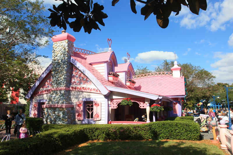 Minnie Mouse house editorial stock image. Image of orlando - 31220954