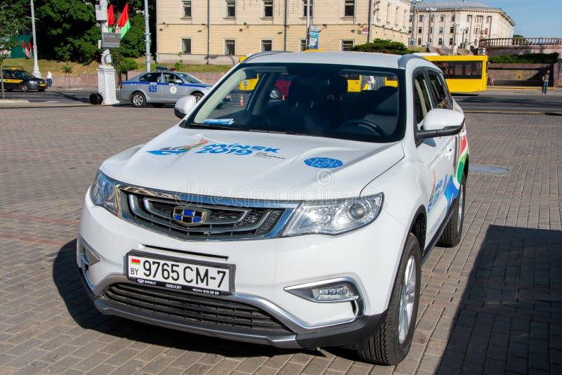 Minsk, Belarus, le 19 juin 2019 : Capital et lieu de rendez-vous du deuxième été, sports, jeux européens Voiture dont transporte  photographie stock libre de droits