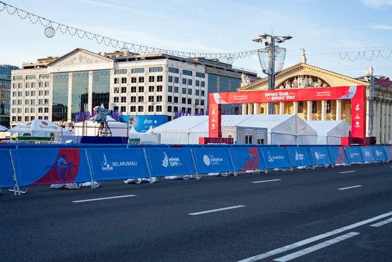 Minsk, Belarus, le 22 juin 2019 : Finition de la distance des compétitions sportives dans les 2èmes JEUX EUROPÉENS dans la ville  images stock