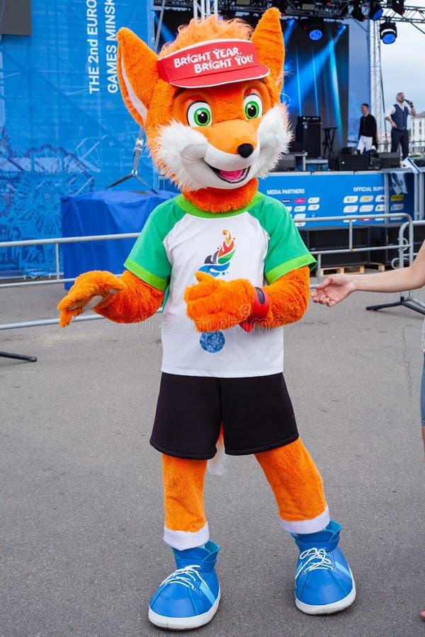 Minsk, Belarus, le 21 juin 2019 : La mascotte II des jeux européens maculent Lesik photo libre de droits