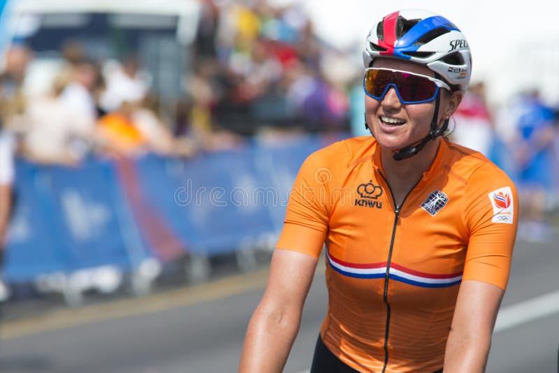 Minsk, Biélorussie 22 juin 2019 Épreuve sur route de Blaak Chantal During Women professionnel de cycliste pendant les jeux II eur photos stock