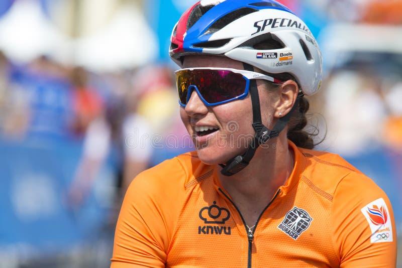 Minsk, Biélorussie 22 juin 2019 Épreuve sur route de Blaak Chantal During Women professionnel de cycliste pendant les jeux II eur photographie stock libre de droits