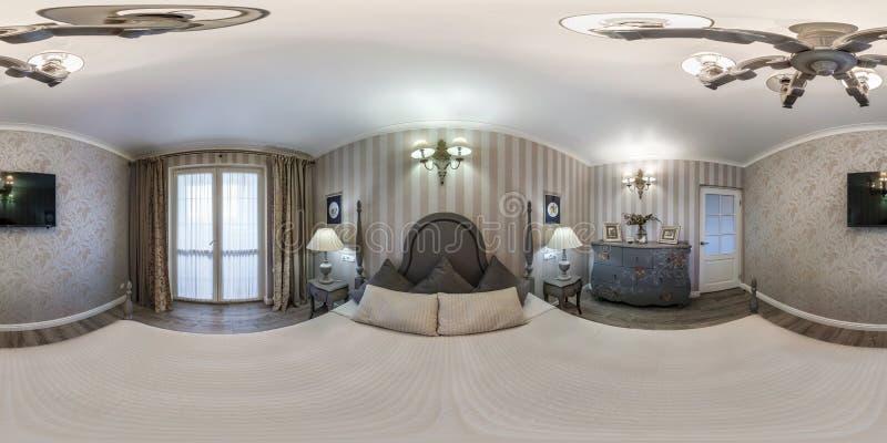 MINSK BIAŁORUŚ, MAJ, -, 2019: Pełna bańczasta bezszwowa hdri panorama 360 stopni kąta widoku wśrodku wnętrza mistrzowska sypialni obraz stock