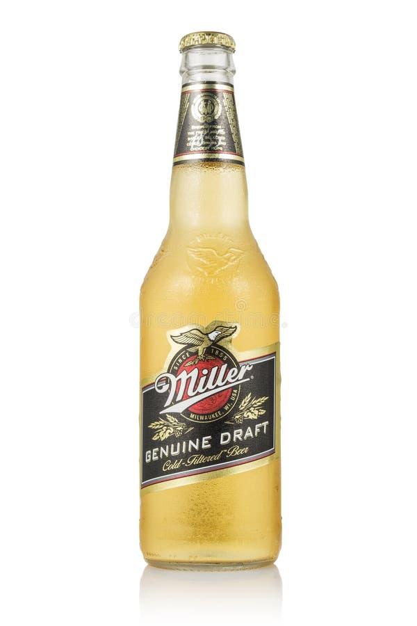 MINSK, BIELORUSSIA - 29 GIUGNO 2017: La foto editoriale di Miller Genuine Draft Beer ha isolato su bianco Miller è l'originale immagine stock