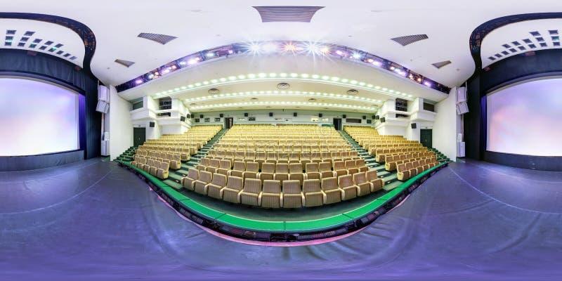 MINSK, BIELORUSSIA - LUGLIO 2016: il panorama sferico senza cuciture completo 360 gradi si inclina dentro l'interno del casinò al fotografia stock libera da diritti