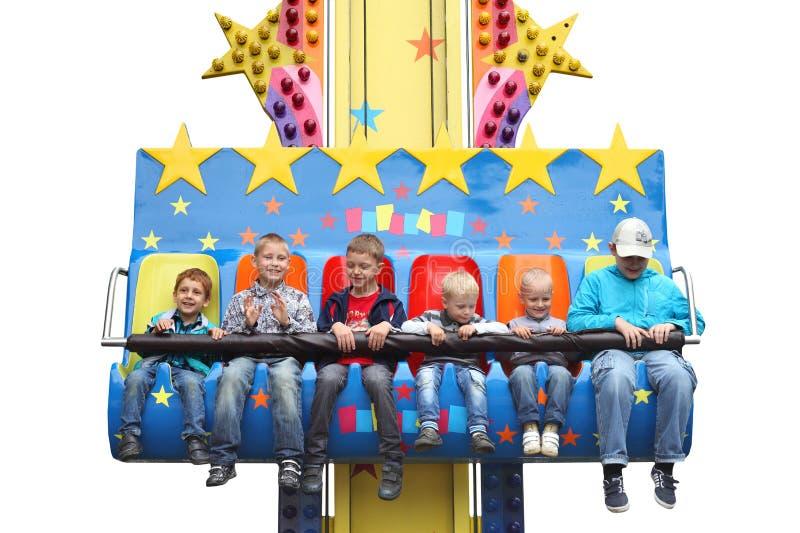 MINSK - 1° giugno 2014 - parco di divertimenti: Bambini felici al parco di divertimenti Il giorno dei bambini fotografia stock