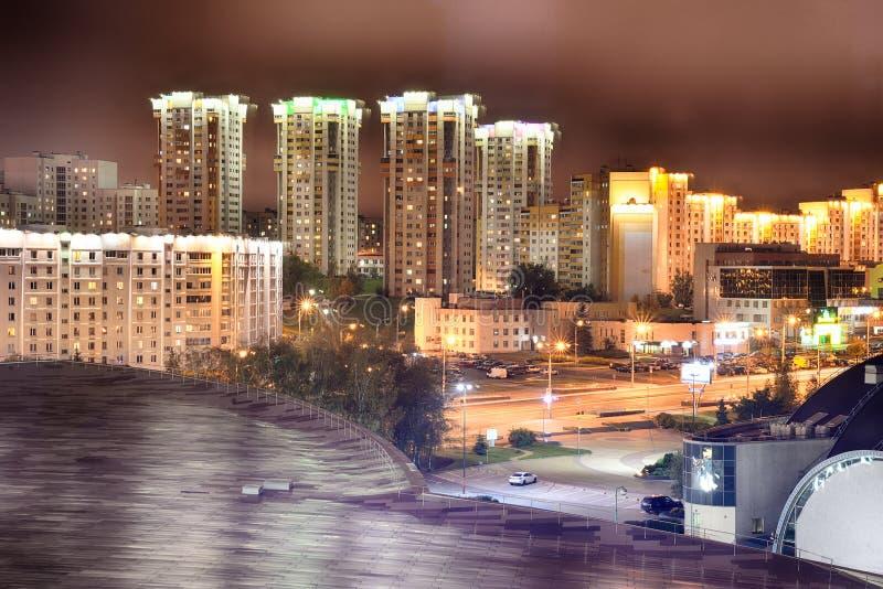 Minsk la nuit photographie stock libre de droits