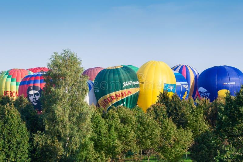 Minsk, Vitryssland 13-September-2014: baloon för varm luft på Champioen royaltyfri fotografi