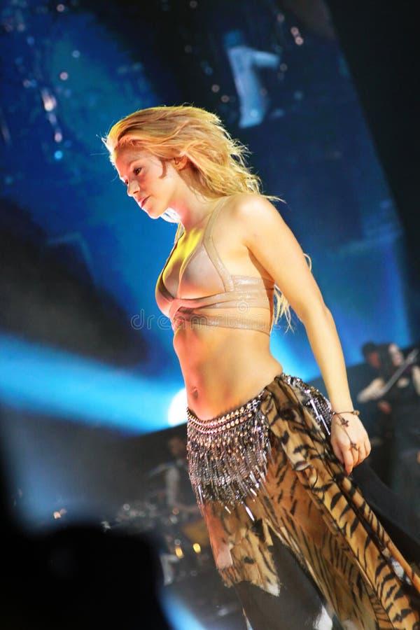 MINSK, WEISSRUSSLAND - 20. MAI: Shakira führt an der Minsk-Arena am 20. Mai 2010 in Minsk, Weißrussland durch lizenzfreie stockfotografie