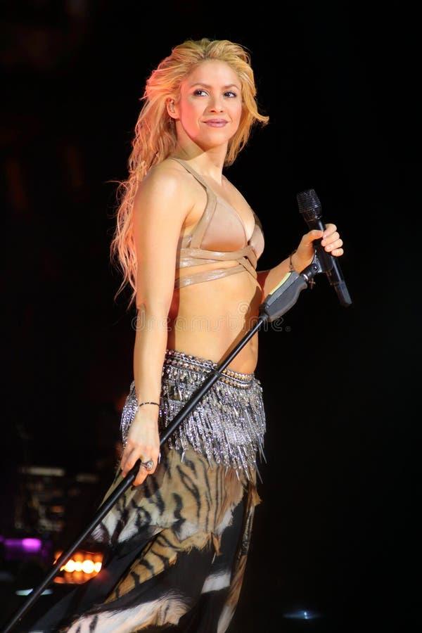 MINSK, WEISSRUSSLAND - 20. MAI: Shakira führt an der Minsk-Arena am 20. Mai 2010 in Minsk, Weißrussland durch lizenzfreie stockfotos
