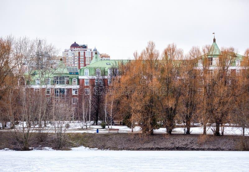 Minskaya κατοικημένα κτήρια οδών στοκ εικόνα