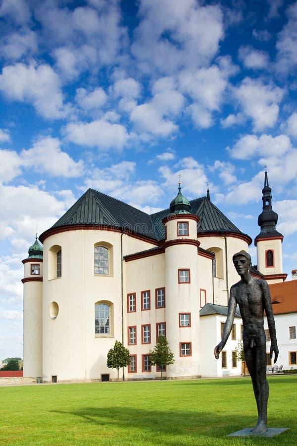 Minster et statue photos libres de droits