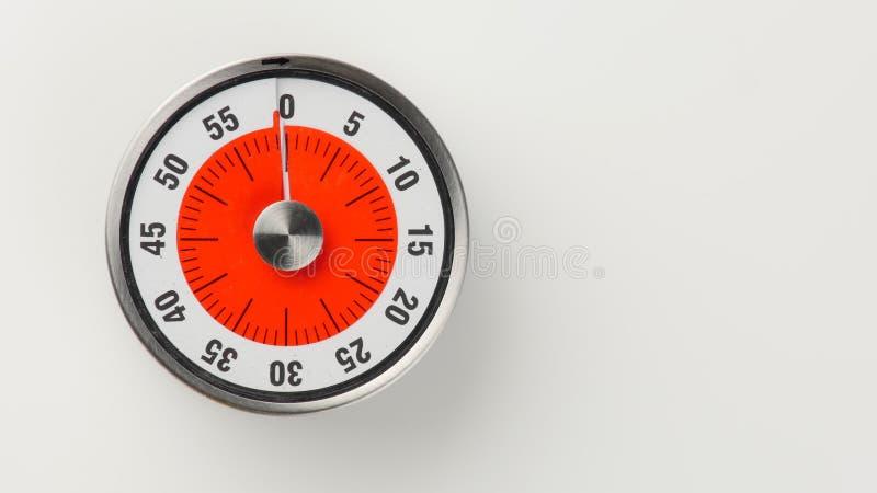 Minuterie analogue de compte à rebours de cuisine de vintage, rester de 60 minutes image libre de droits