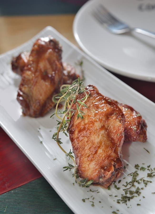 Miodowi kurczaków skrzydła zdjęcie royalty free
