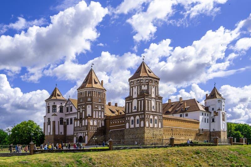 Mir Castle Complex på ljus solig dag i Vitryssland arkivfoto