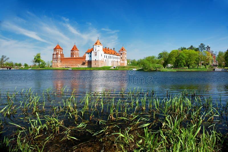 Mir Castle i Vitryssland royaltyfri fotografi