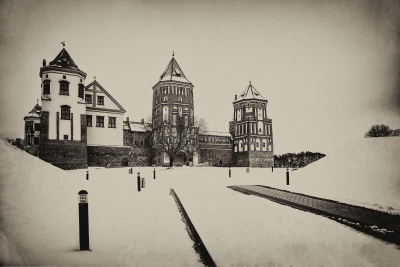 Mir Castle Vinter arkivfoto