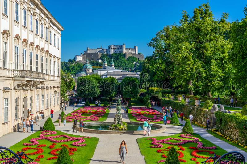 Mirabel bloeiende tuinen in Salzburg royalty-vrije stock fotografie