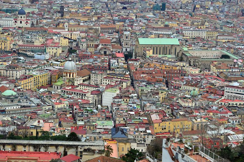 Mirada abajo en Nápoles de Castel Sant Elmo fotos de archivo libres de regalías