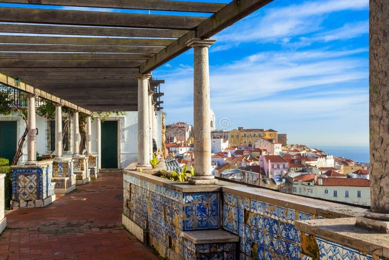 Miradouro Лиссабона стоковые фотографии rf