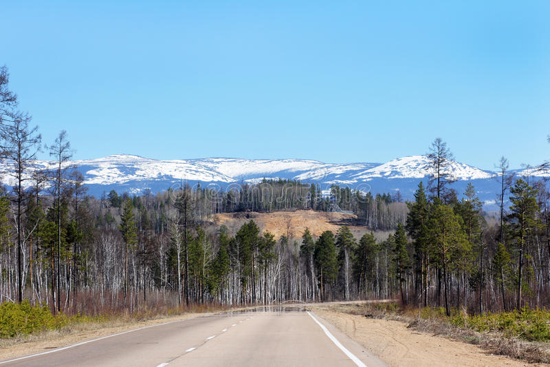 Download Mirage On The Road To The Mountains Stock Image - Image: 33265375