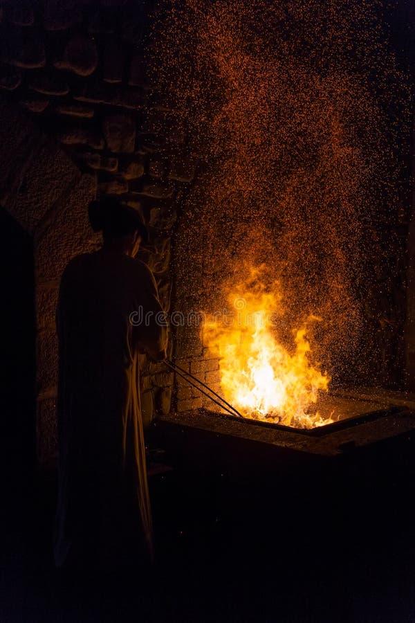 Mirandaola, fonderie de fer antique fonctionnant dans Legazpia image stock