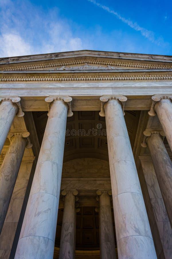 Mirando para arriba Thomas Jefferson Memorial, en Washington, DC fotografía de archivo libre de regalías