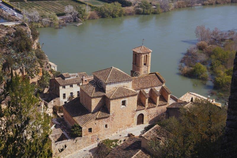 Miravet χωριό σε Catalunya, Ισπανία στοκ εικόνα με δικαίωμα ελεύθερης χρήσης
