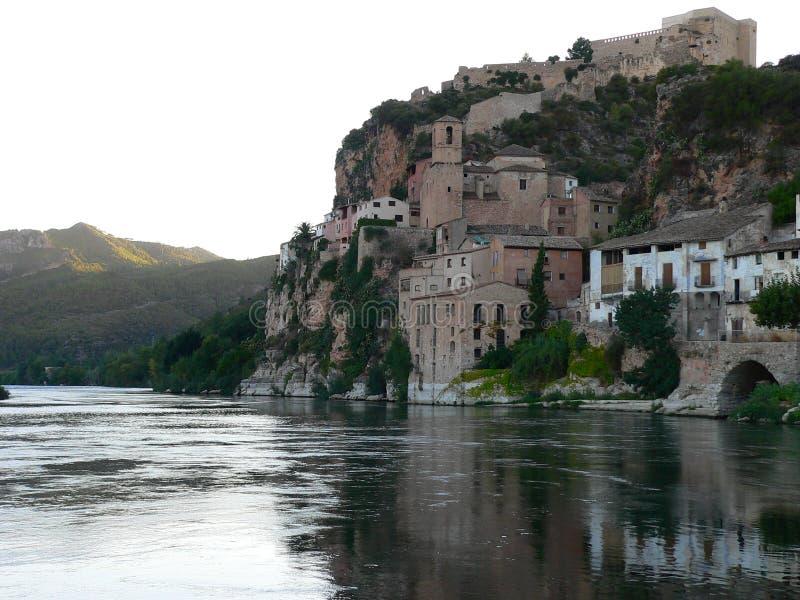 Miravet, Tarragona (Spanje) royalty-vrije stock fotografie