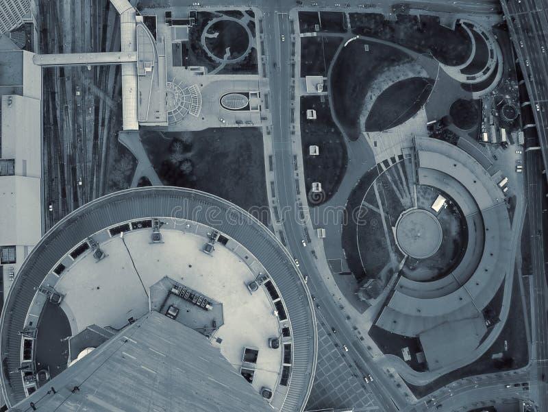 Mire abajo la ciudad (2) fotos de archivo libres de regalías