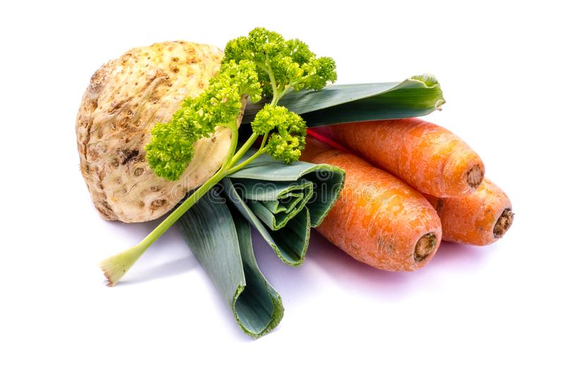 Mirepoix zielenieje selerowej marchewki odizolowywającej na białym tle zdjęcie stock