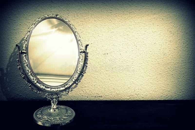 Miroir antique photographie stock