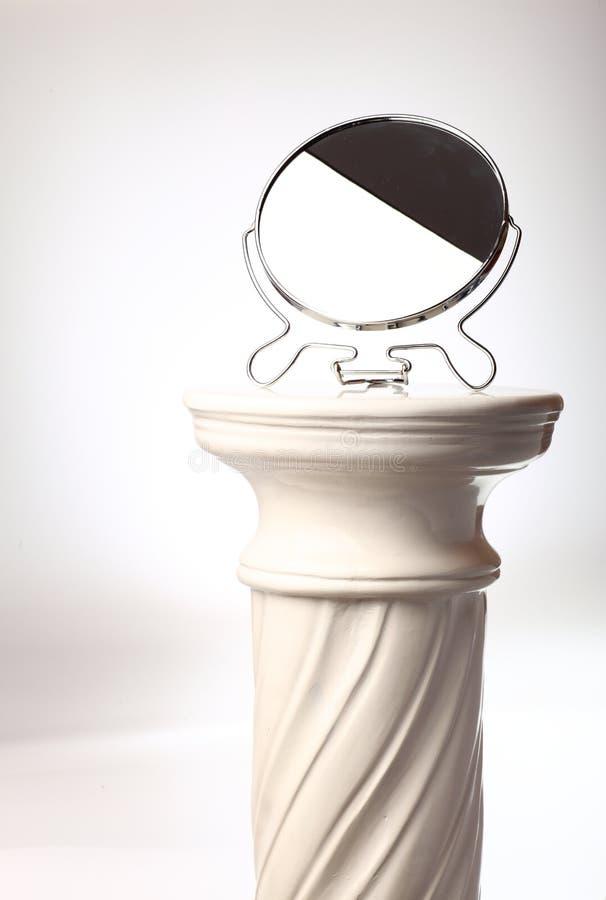 Miroir autonome - fléau grec simple images stock