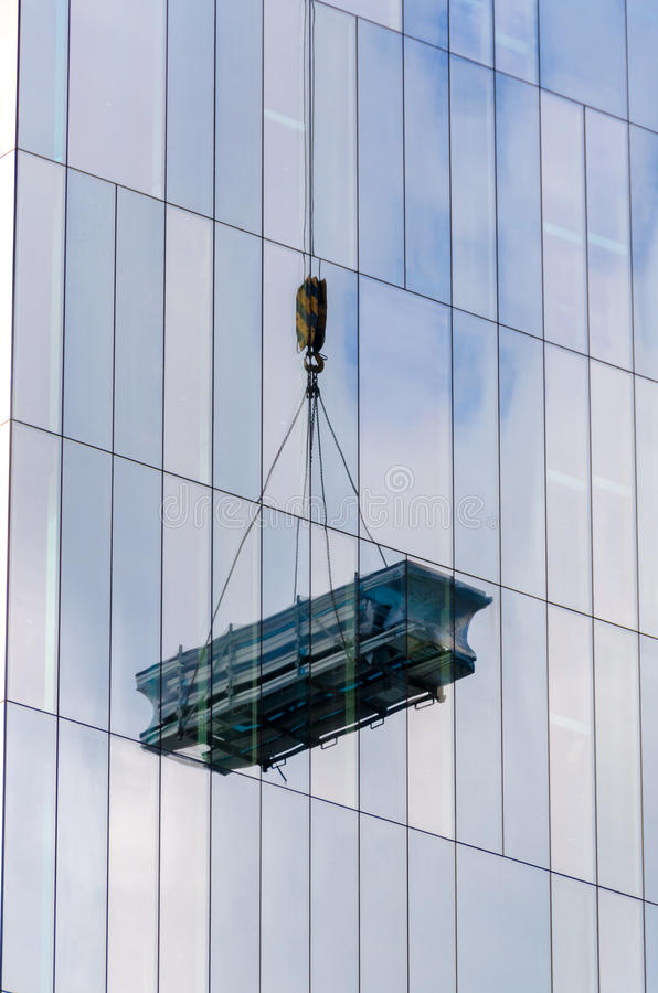 Download Miroirs image stock. Image du construction, grue, chargement - 45350771