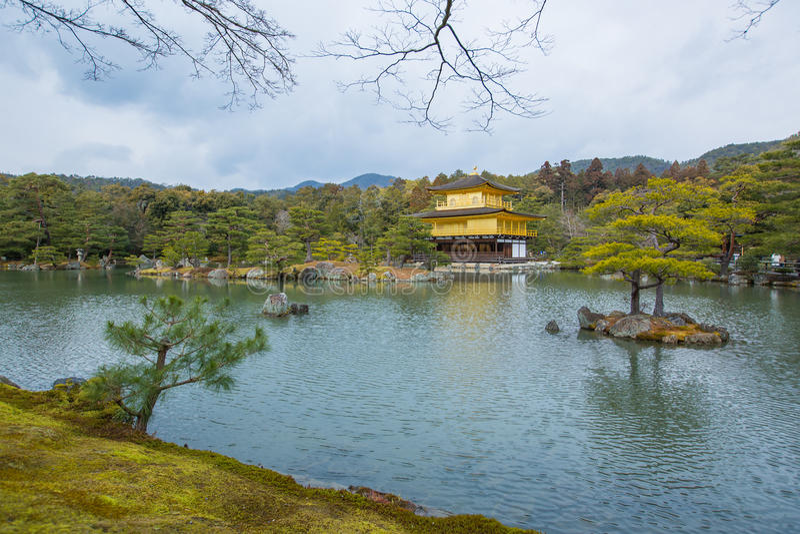 Miromachi Zen bij rustig De Tempel van Kinkakuji stock foto's