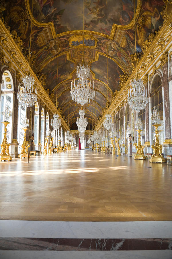 Free Mirror S Hall Of Versailles Chateau Stock Photos - 13939393