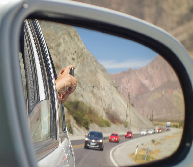 Mirrorview a Roadtrip into the mountaintains, salta, argentina royaltyfria foton