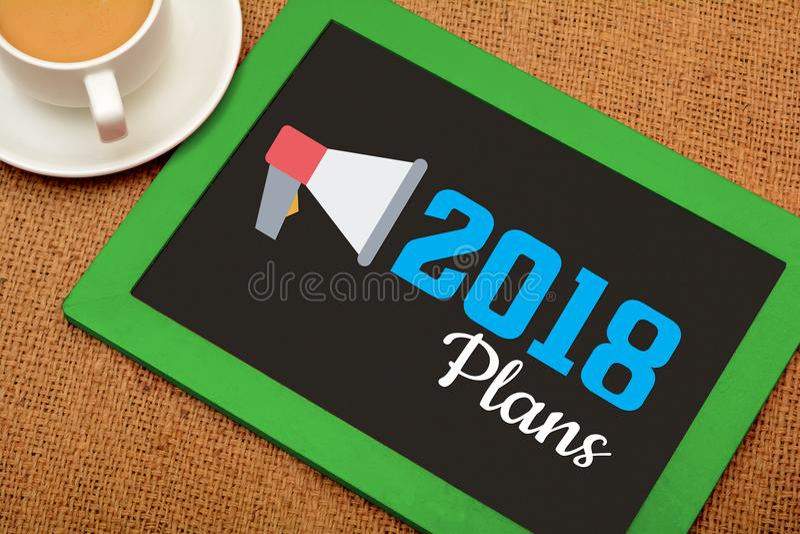 Mis planes para 2018 metas del Año Nuevo en la pizarra de madera imagenes de archivo