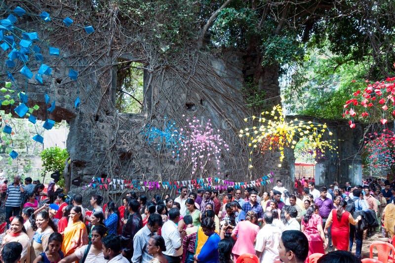 Misa en las ruinas de St John la iglesia baptista, Bombay foto de archivo libre de regalías