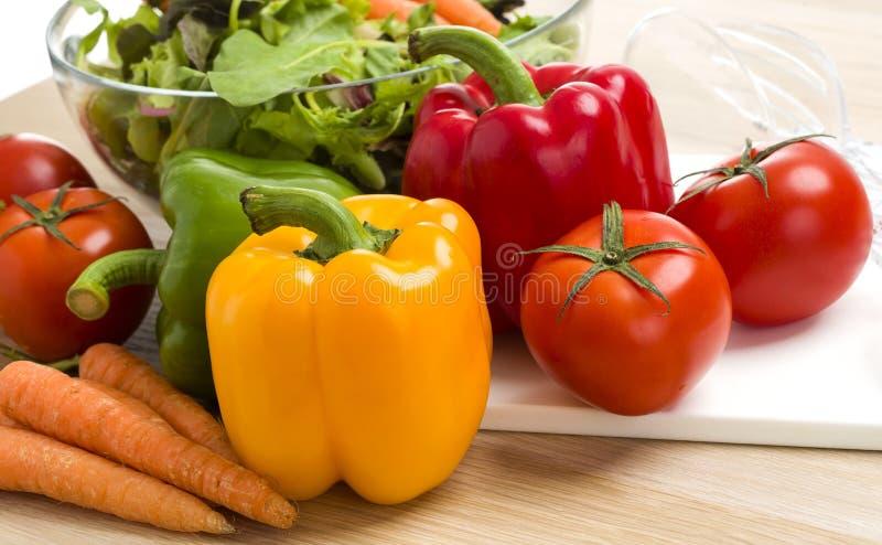 Miscela delle verdure su insalata fotografie stock libere da diritti