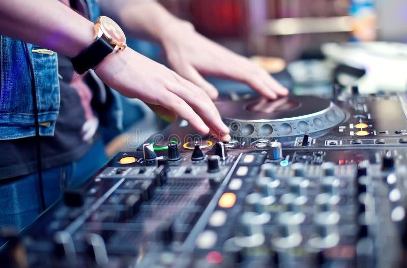 Miscelazione del DJ immagine stock