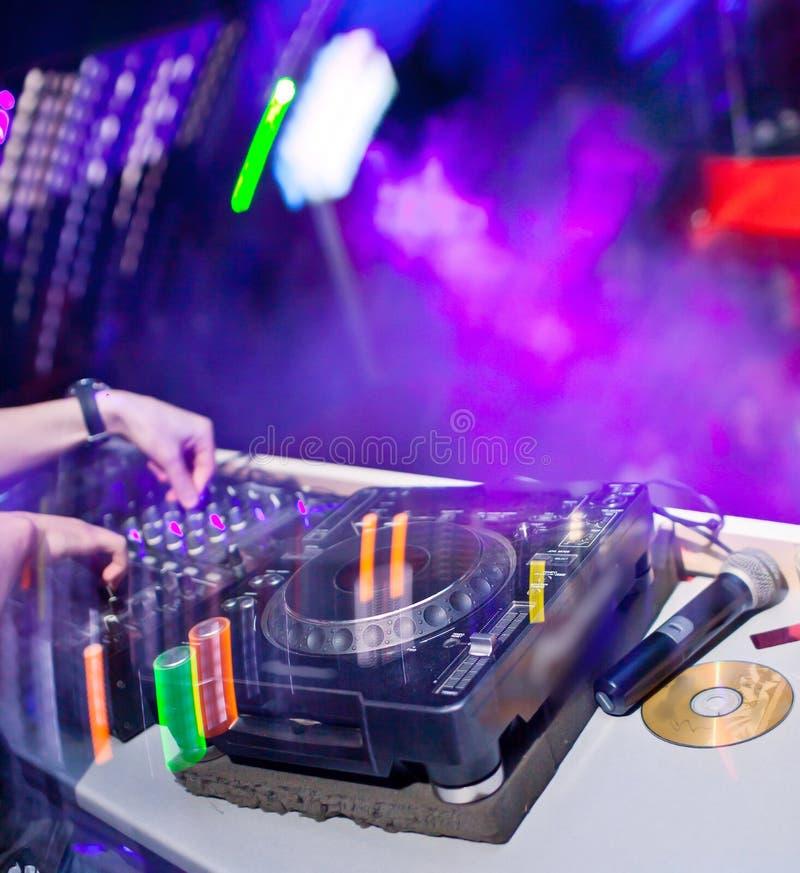 Miscelazione del DJ fotografia stock