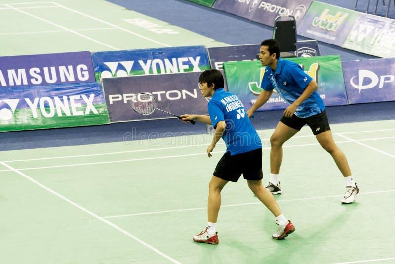 Mischdoppelt-Badminton - Rijal u. Marissa stockfoto