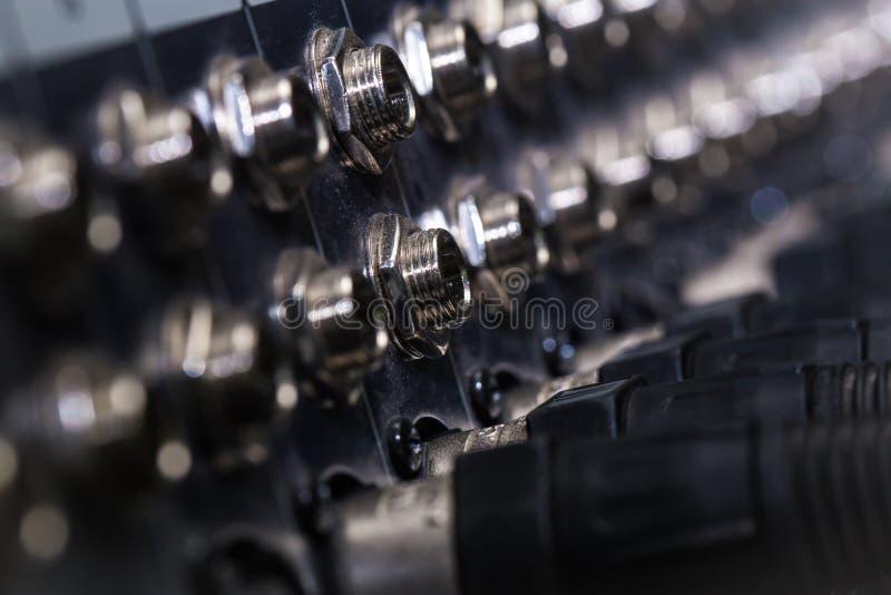 Mischende Verbindungsstücke, XLR-Ertrag, Input, verlieren-oben lizenzfreie stockfotos