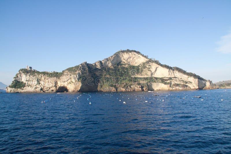 miseno de Campania-cap vu de la mer images stock