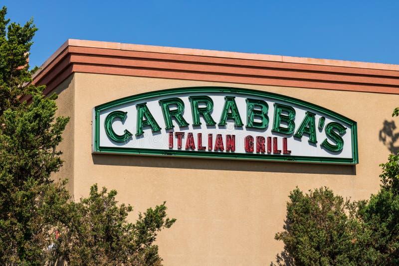 Mishawaka - Circa Augustus 2018: Signage en het Embleem van de Carrabba` s Italiaanse Grill Carrabba ` s is een restaurantketting royalty-vrije stock foto