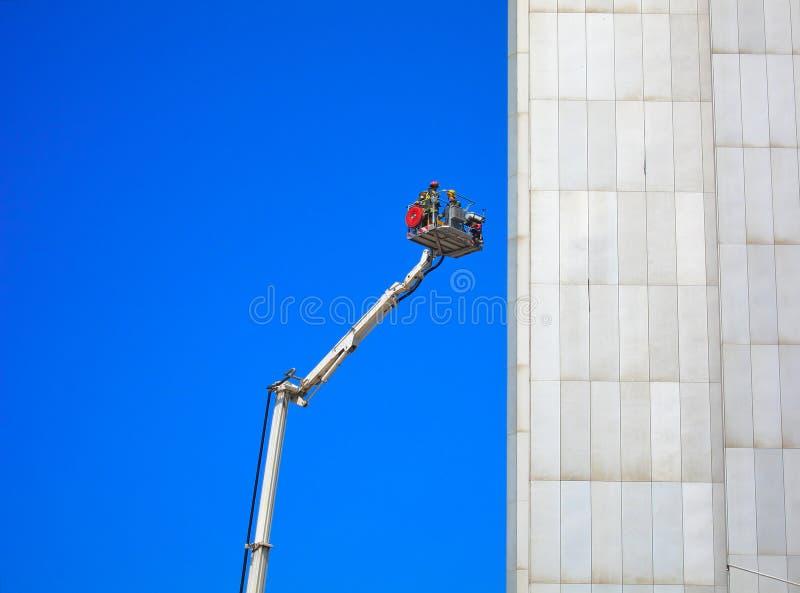Misión de rescate de los bomberos imágenes de archivo libres de regalías