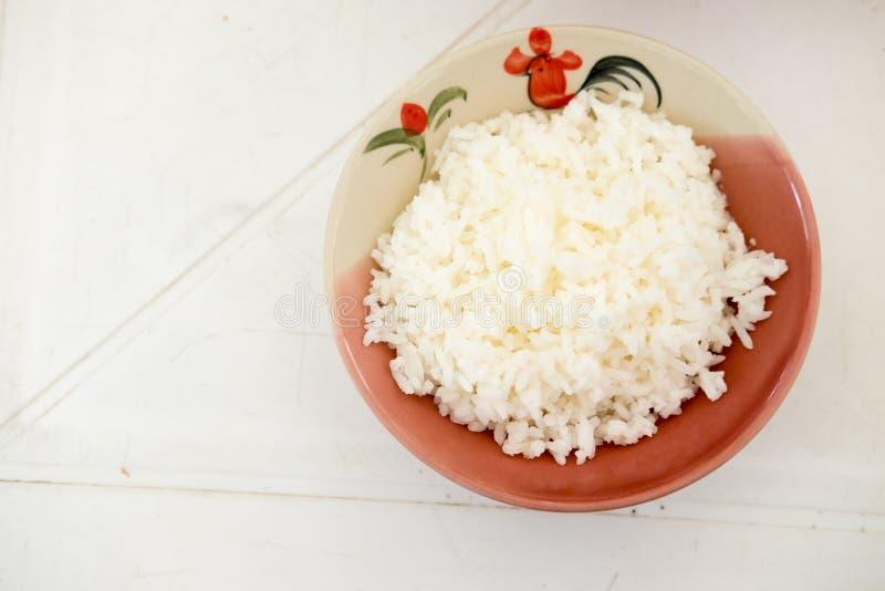 miski gotowanego ryżu fotografia royalty free