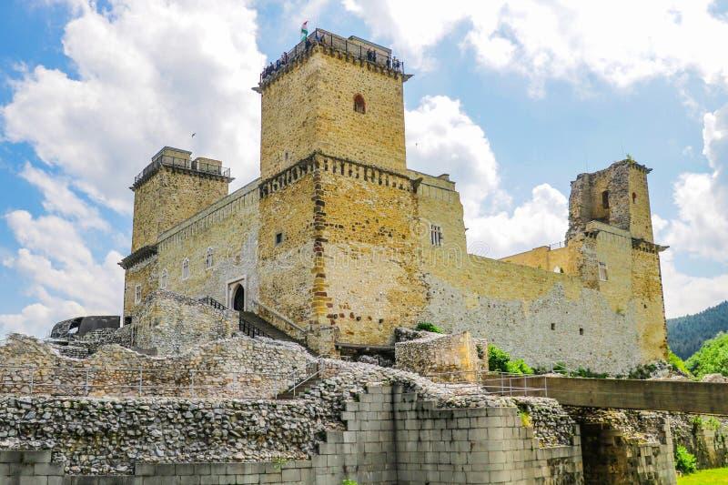 Miskolc, Ungheria, il 20 maggio 2019: La fortezza Diosgior in Miskolc fotografia stock libera da diritti