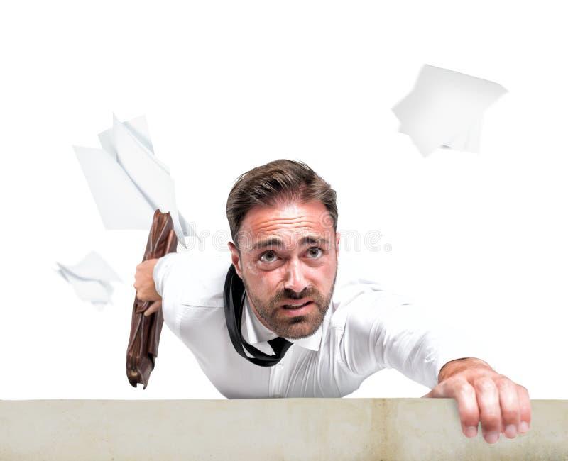 Mislukking van een zakenman toe te schrijven aan crisis stock foto's